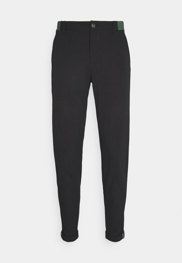 PIN ROLL PANT - Kangashousut - black