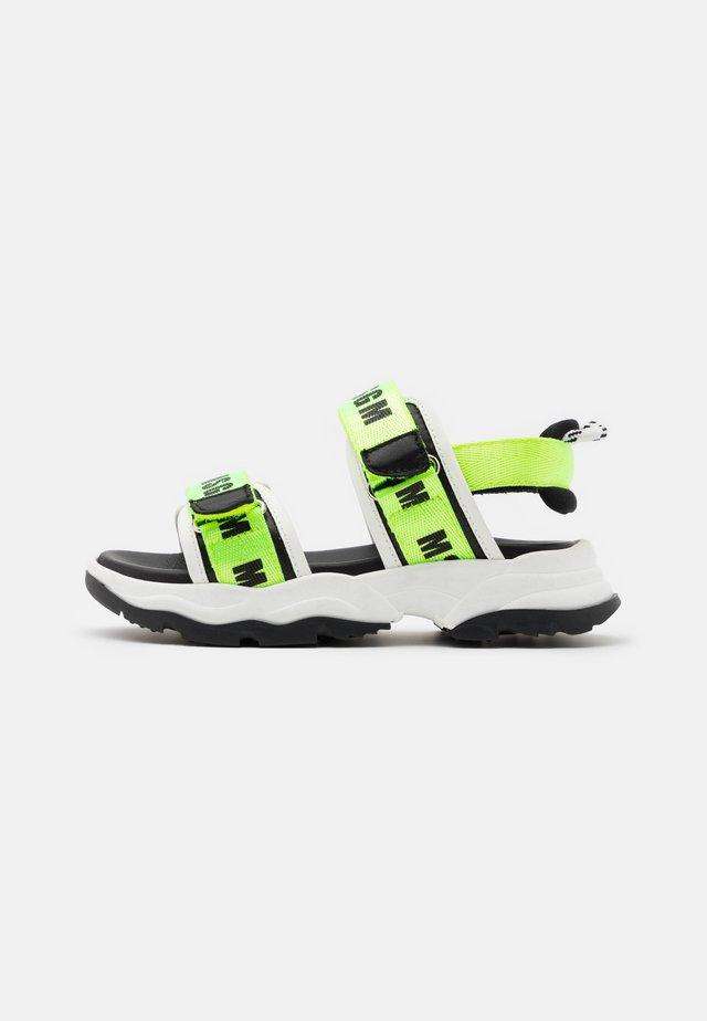 Sandalen - neon green