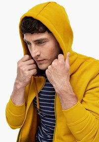 s.Oliver - LANGARM - Zip-up sweatshirt - yellow - 3