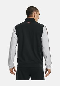 Under Armour - TRICOT FASHION JACKET-BLK - Zip-up sweatshirt - grey - 2
