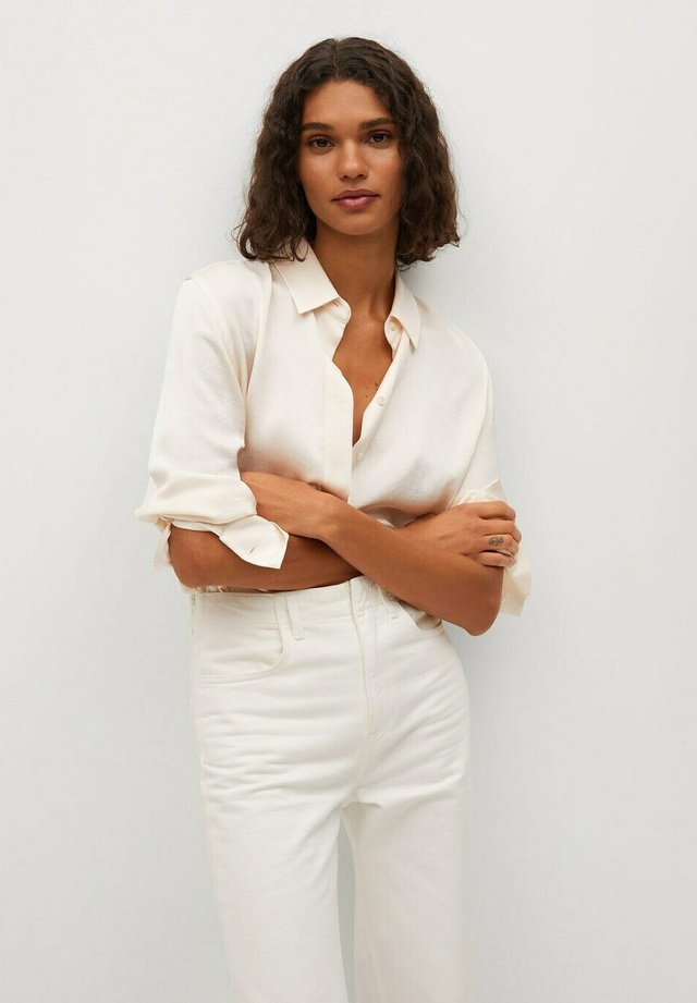 FLUIDE  - Button-down blouse - écru