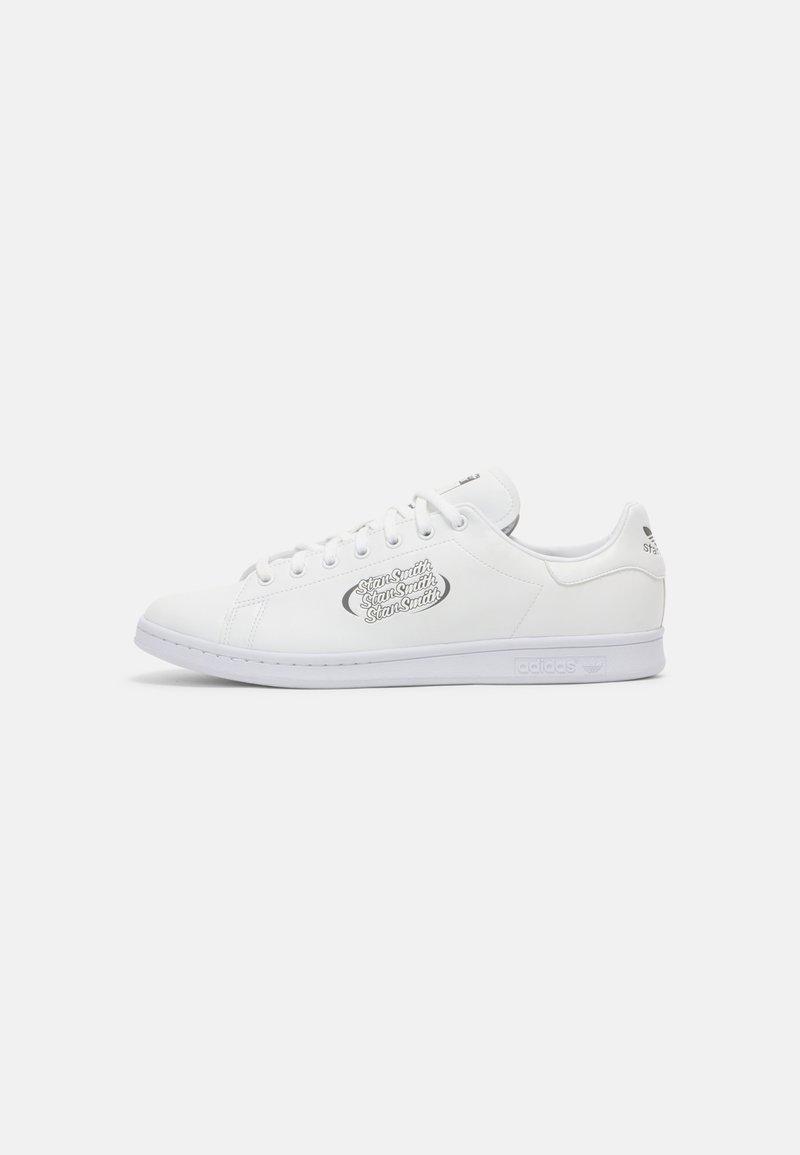 adidas Originals - STAN SMITH PRIMEGREEN SHOES - Zapatillas - white/grey four/core white