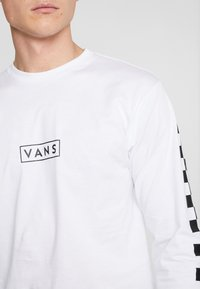 Vans - EASY BOX CHECKER - T-shirt à manches longues - white/black