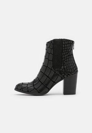 MADELINE  - Ankelboots - jaka/morat black