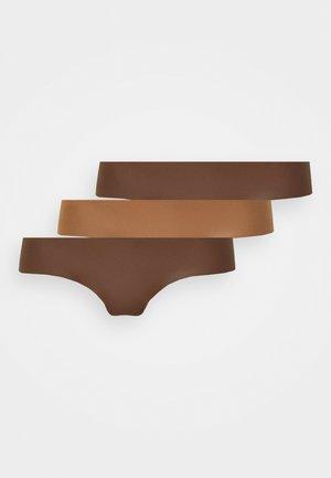 NO SHOW V THONG SOLID 3 PACK - Perizoma - light brown