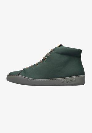 Sneakers alte - grün