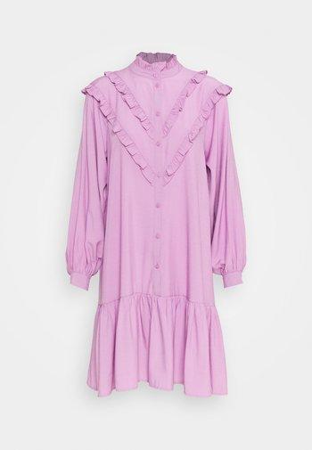 COURTNEY DRESS - Shirt dress - violet