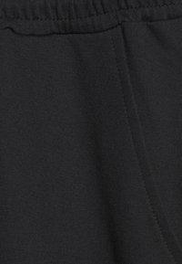 Even&Odd - Short sleeves Sweat loung jumpsuit - Jumpsuit - black - 2