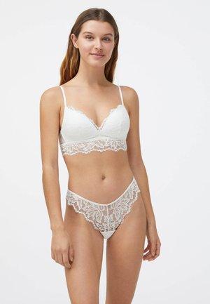 Slip - white