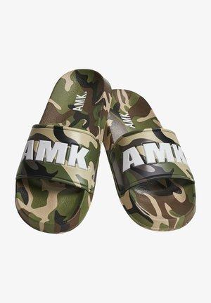 SOLDIER AMK  - Rantasandaalit - green camo