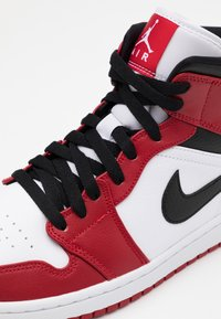 Jordan - AIR 1 MID - Sneakers hoog - white/gym red/black - 5