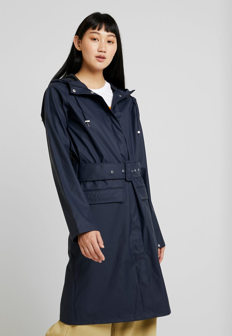 YAS Tall - YASRIVER RAIN COAT  - Regenjas - navy blazer