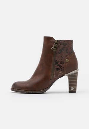 Ankle boots - kastanie