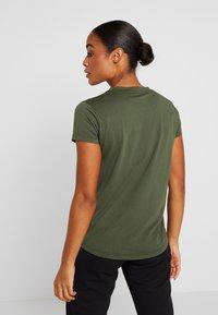 Kempa - LAGANDA WOMEN - T-shirts print - deep green - 2