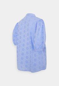 Pieces Maternity - PCMTILLIE 2/4 SHIRT  - Pusero - vista blue - 1
