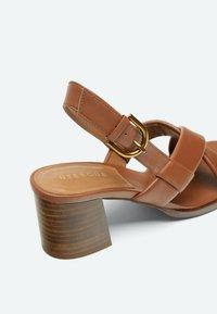 Uterqüe - Sandalen met hoge hak - light brown - 2