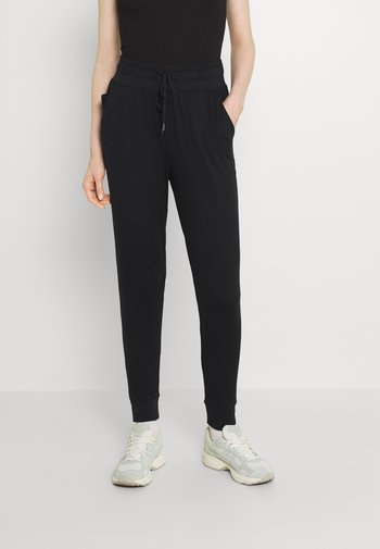 BACK YOKE - Teplákové kalhoty - true black