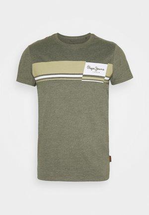 KADE - T-shirt med print - khaki