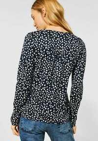 Cecil - MIT PUNKTEN - Long sleeved top - blau - 2