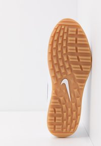 Nike Golf - AIR MAX 1 G - Golfskor - white/light brown - 4