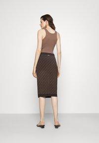 MICHAEL Michael Kors - BOLD  LOGO SKIRT - Pencil skirt - chocolate - 2