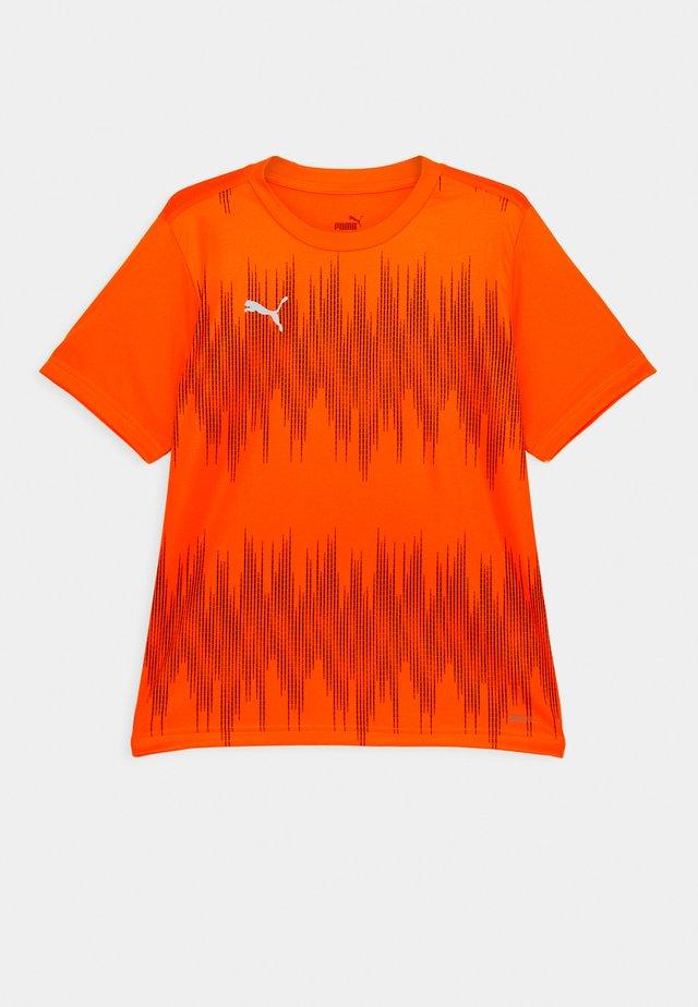 FTBLNXT GRAPHIC CORE UNISEX - Triko spotiskem - shocking orange/asphalt