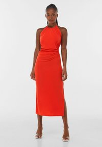 Bershka - WITH CUT-OUT AND OPEN BACK  - Cocktail dress / Party dress - red - 0