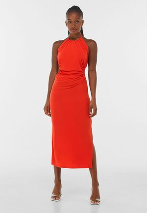 WITH CUT-OUT AND OPEN BACK  - Cocktail dress / Party dress - red