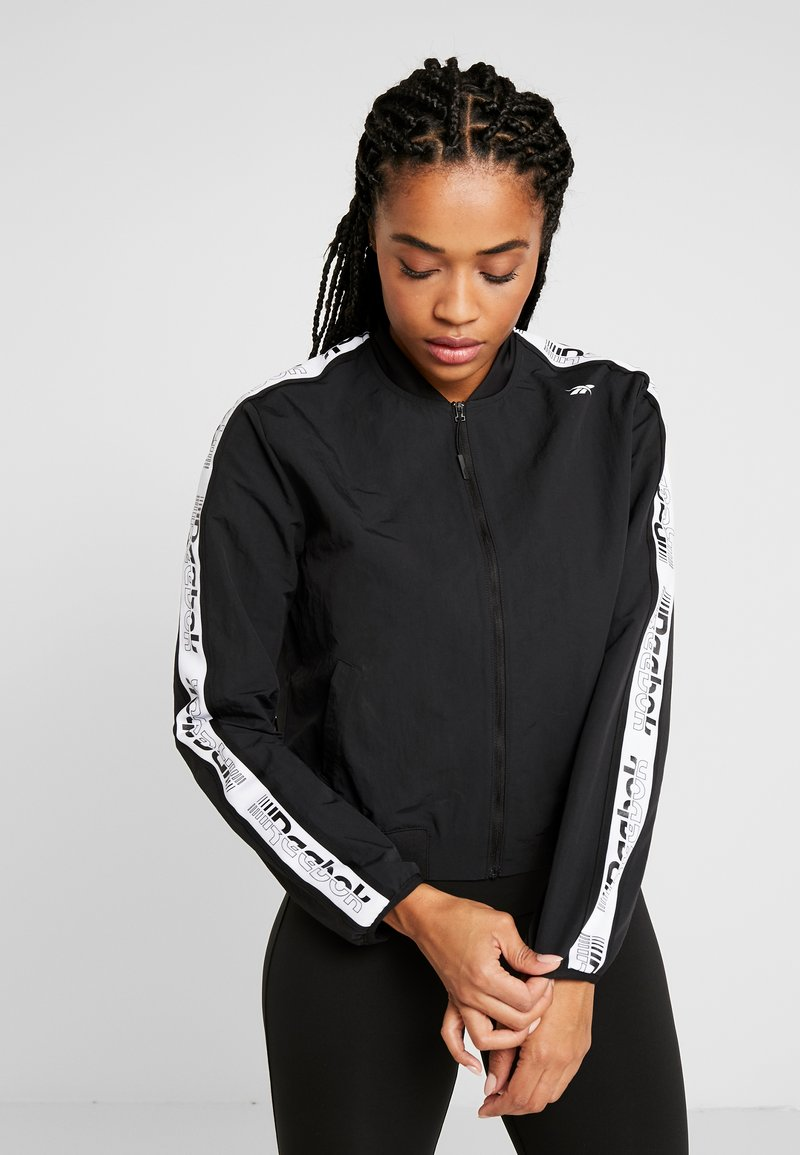 Reebok - ELEMENTS TRAINING TRACKSUIT - Treningsdress - black