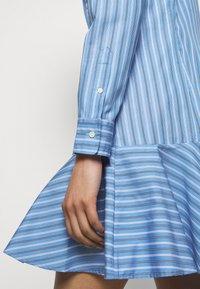 Lauren Ralph Lauren - DRESS - Shirt dress - blue/white - 5