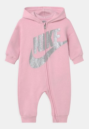 FUTURA HOODED COVERALL - Jumpsuit - pink foam