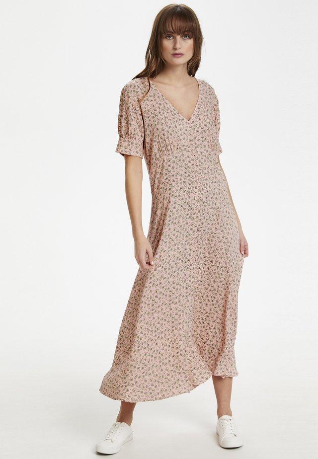 CUYASMIN - Maxi dress - peachskin