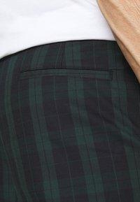River Island - Pantalon classique - green - 4
