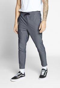Only & Sons - ONSLINUS CROP STRIPE  - Trousers - dark blue - 0