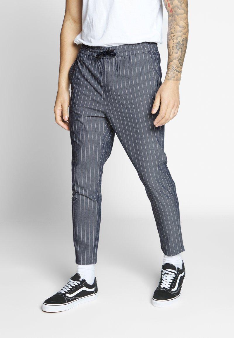 Only & Sons - ONSLINUS CROP STRIPE  - Trousers - dark blue
