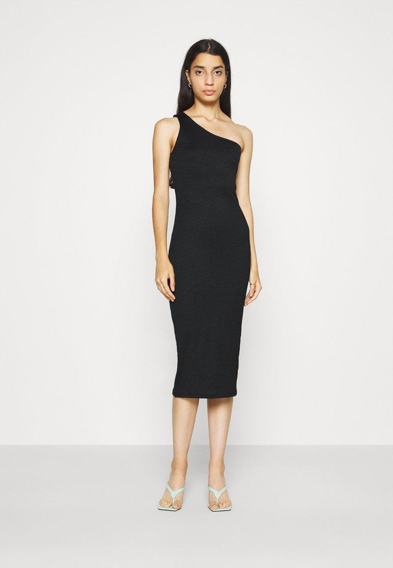 Gina Tricot - JOLINE ONE SHOULDER DRESS - Jersey dress - black