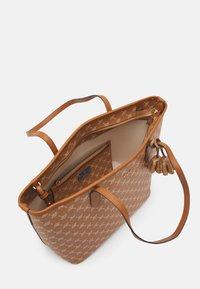 JOOP! - CORTINA LARA SET - Handbag - cognac - 3