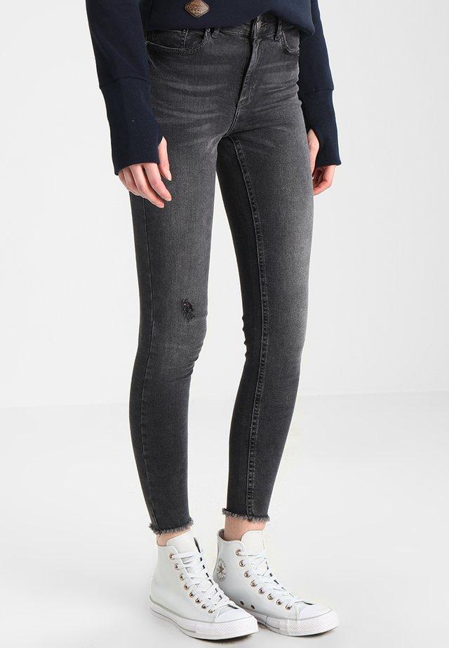 PCFIVE DELLY  - Jeans Skinny - light grey denim