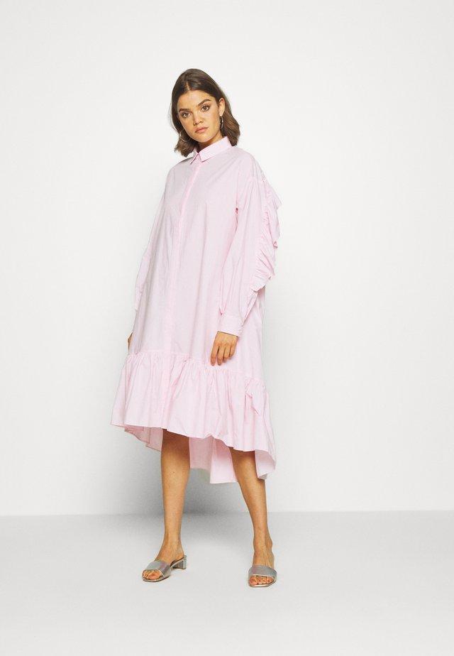 YASDANOLA MIDI SHIRT DRESS - Robe d'été - cradle pink