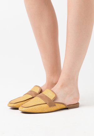 BETTY - Mules - medium yellow