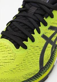 ASICS - GEL KAYANO 27 - Stabilty running shoes - lime zest/black - 5