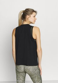 Under Armour - SPORTSTYLE GRAPHIC TANK - T-shirt sportiva - black - 2