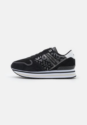 METALLIC FLATFORM - Sneakers laag - black