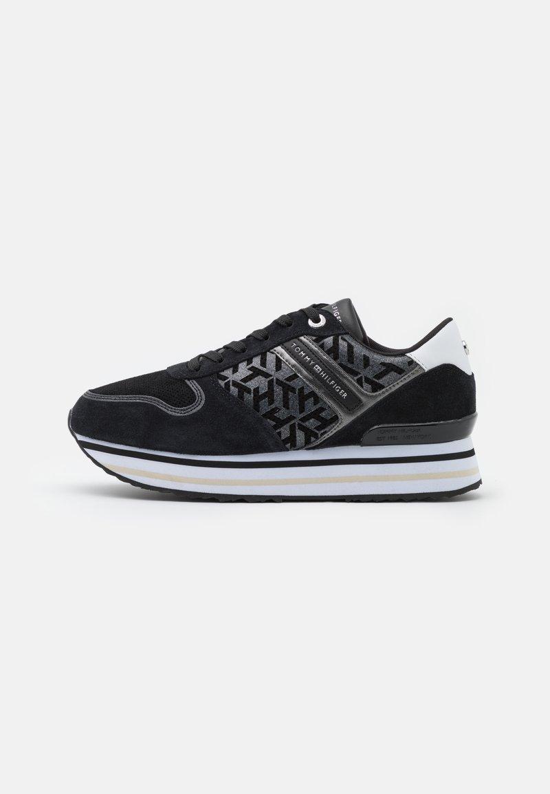 Tommy Hilfiger - METALLIC FLATFORM - Sneakersy niskie - black