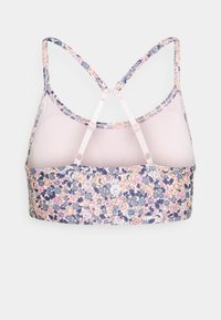 Cotton On Body - WORKOUT YOGA CROP - Light support sports bra - light pink - 8