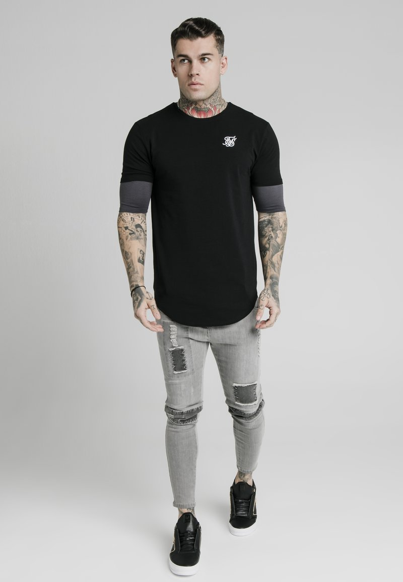 SIKSILK - INSET SLEEVE GYM TEE - Basic T-shirt - burgundy/black
