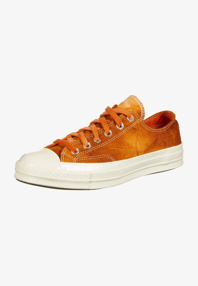 SCHUHE 70 OX - Trainers - venetian rust/bold mandarin
