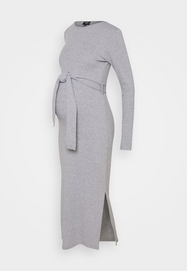 MATERNITY SPLIT SIDE BELTED MIDI DRESS - Žerzejové šaty - grey