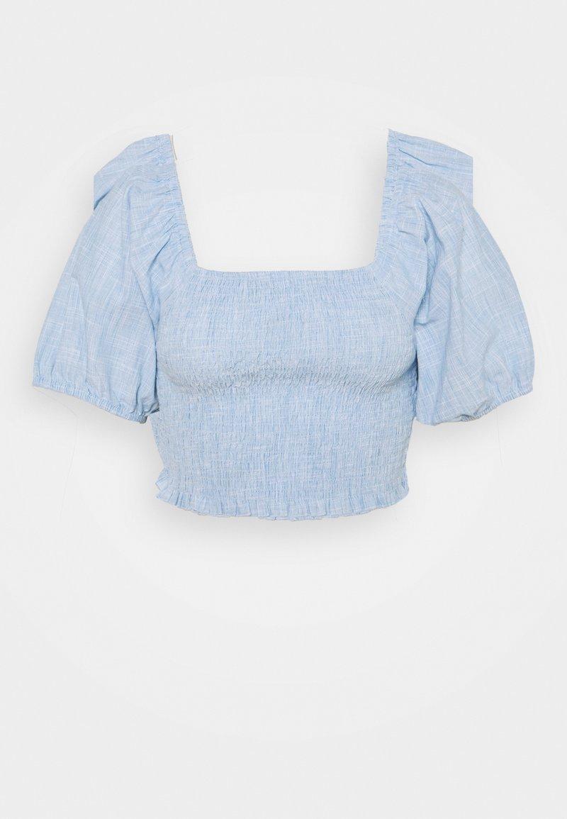Missguided Petite - SHIRRED BARDOT CHAMBRAY - Blouse - blue