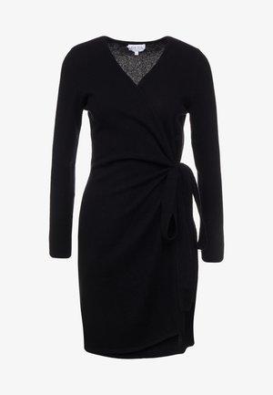 WRAP OVER DRESS - Strikket kjole - black
